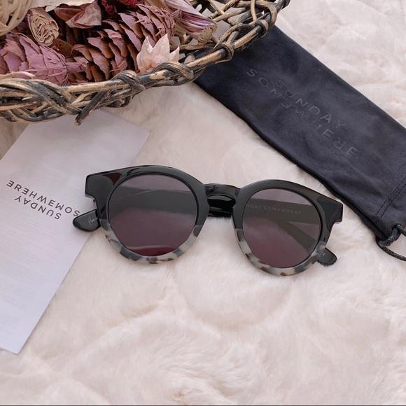 1f335f26473 Sunday Somewhere Soelae Sunglasses